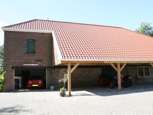 Bouw overkapping aannemersbedrijf Drenthe en Overijssel